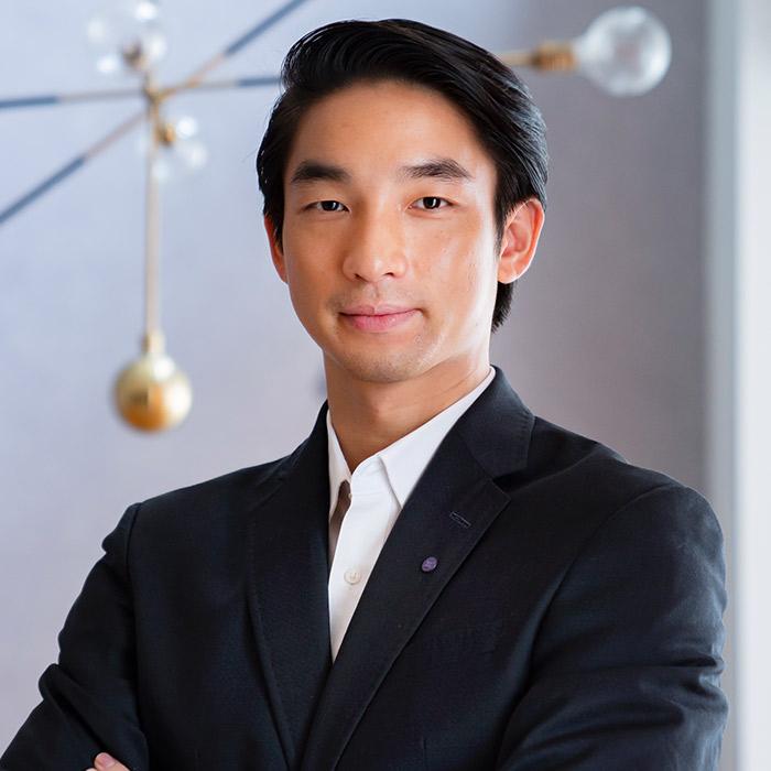 Ken TSUSAKA